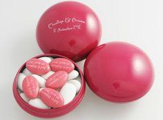 Les dragées sont relookées et font sensation ! - Source : Love'n Gift
