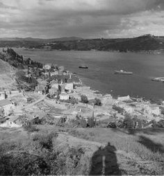 Site for the Nicholas V. Artamonoff Collection at the Image Collections and Fieldwork Archives (ICFA) of Dumbarton Oaks Istanbul City, Istanbul Turkey, Old Pictures, Old Photos, Old City, Historical Photos, Alaska, Mountains, Black And White