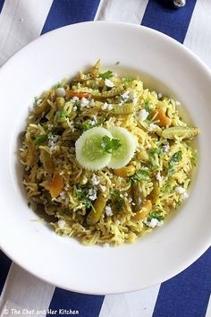 I find Maharashtrian food quite similar to North Karnataka food as the ingredients and combinations are quite similar.I like to indulge i...