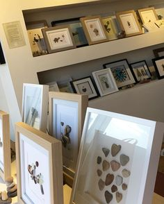 My pebble art\'s shop display, Now I have all my artworks on display, time to come up with new designs! 😊 🖼 #agifttorememberart #pebbleart #instaart #instaphoto #shopdisplay #frame #etsy #makersgonnamake #madebyme #australia #adelaide #giftshop #recycledart #etsyau #interiordesign #handmadewithlove #giftideas #ideas #unique #beach #nature #craft #collage #lovewhatyoudo #dowhatyoulove #business