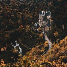 Burg Eltz in Münstermaifeld, Rheinland-Pfalz