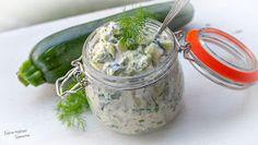 Tinskun keittiössä ja Tyynen kaa: Herkkusalaatti kesäkurpitsasta