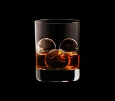 3D-лед от Suntory Whisky \ Creative