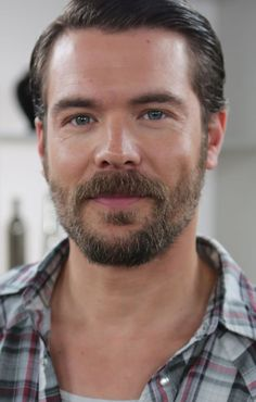 Pin for Later: How to Get Away With Murder's Charlie Weber Talks His Twitter-Famous Beard