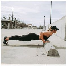 Fitness Girl Gifs Pic and Motivation Quotes that will inspired you every hour day and help to live healthy and fit life workout gym girl Fitness Motivation, Sport Motivation, Fitness Goals, Fitness Quotes, Motivation Pictures, Fitness Routines, Fitness Plan, Daily Motivation, Body Fitness