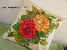 Pitturamania..Un cuscino con le rose? Un classico già riproposto, lo so…  ma come resistere alla magnifica rappresentazione della natura? - See more at: http://pitturamania.blogspot.it/#sthash.cpi8wQ6J.dpuf