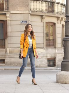 Women Jeans Outfit African Dresses For Sale Grey Trousers Millennial Casual Attire Rebel Wilson Clothing Navy Blue Pants Outfit Jeans And Heels Outfit Blazer Outfits Casual, Heels Outfits, Crop Top Outfits, Blazer Fashion, Jean Outfits, Yellow Blazer Outfits, Leopard Heels Outfit, Casual Jeans, Casual Chic
