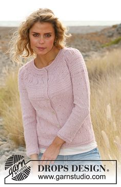 "Knitted DROPS jacket with lace pattern and round yoke in ""Alpaca"". Size: S - XXXL. ~ DROPS Design"