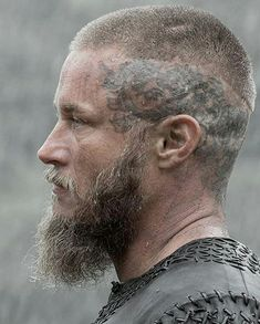 The Best Ragnar Lothbrok Hairstyles & Haircuts Guide) Ragnar Lothbrok Vikings, Ragnar Lothbrok Haircut, Ragnar Lothbrook, Vikings Travis Fimmel, Vikings Tv Series, Vikings Tv Show, Vikings Actors, Viking Haircut, Viking Hairstyles