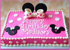 yellowriver Girls First Birthday! Pastel Mickey, Mickey And Minnie Cake, Minnie Mouse Birthday Cakes, Bolo Minnie, Mickey Birthday, Minnie Mouse Party, Birthday Fun, Birthday Ideas, Baby Girl Birthday Cake