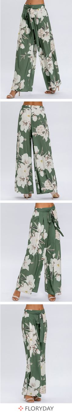Que pensez-vous de ce pantalon floral ? Coin Couture, Couture Sewing, Cardigans For Women, Pants For Women, Hijab Fashion, Fashion Dresses, Prom Dresses With Sleeves, Couture Tops, Floral Pants