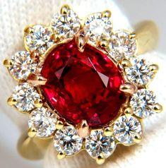 GIA Carat No Heat Vivid Red Spinel Diamond Ring 18 Karat Unheated Investors Ruby Diamond Rings, Sapphire Diamond, Diamond Jewelry, Red Spinel, Natural Sapphire, European Cut Diamonds, Antique Rings, Jewelry Gifts, Jewellery Rings