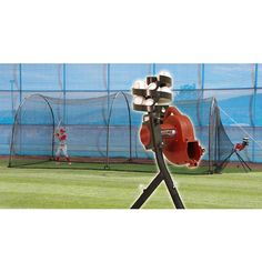 Trend Sports Heater Combo Base Hit Solo Pitching Machine & Xtender 24 Cage BH499