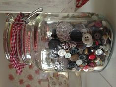 Love buttons?  Keep them in a tin?    Why not get a great big Kilner jar and show off your prized circular beauties off as they deserve?    Now all you need to do is to glance their way to get the usual ripple of pleasure without ransacking your craft cupboard to get your 'fix'.     :)    <3