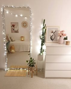 Beach Home Decor and home decor inspiration Bedroom Decor For Teen Girls, Teen Room Decor, Room Ideas Bedroom, Small Room Bedroom, Bedroom Inspo, Girl Bedroom Designs, Study Room Decor, Mirror In Bedroom, Bedroom Ideas For Small Rooms
