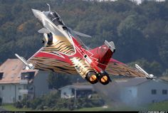 Aviation Photo Dassault Rafale C - France - Air Force Air Fighter, Fighter Jets, Rafale Dassault, Photo Avion, Cool Pictures, Cool Photos, Matra, Aircraft Painting, France