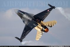"Turkish Air Force ""SoloTurk"" Lockheed-Martin (TUSAS) F-16C Block 52+ Night Falcon"