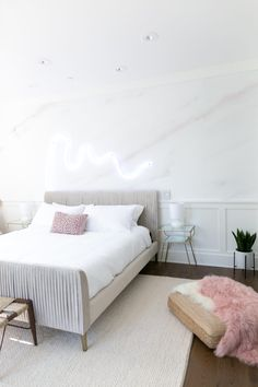A room with pastel colors like this looks good in any type of lighting!
