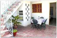 Subida a la terraza desde el patio interior. Outdoor Decor, Home Decor, Decor