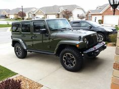 Jeep wrangler unlimited rubicon in tank