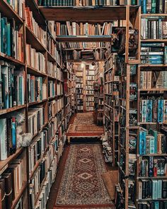 Everyone needs a room full of books like this!  📷 by For A Better World Beautiful Library, Dream Library, Library Books, Future Library, Kids Library, Worlds Of Fun, Around The Worlds, Library Inspiration, Home Libraries