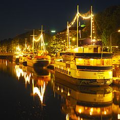 Turku is a great summer city and people like to gather around Aurajoki river. Description from wch2011.poytajaakiekko.com. I searched for this on bing.com/images