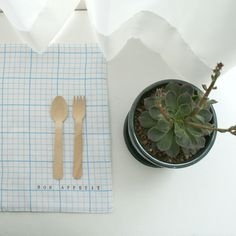 Linen Grid paper Placemats, Set of 4, Personalized.