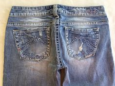 SILVER JEANS SALE Low Rise Destroyed Tuesday Bootcut Stretch Jean 28 X 33 #SilverJeans #BootCut