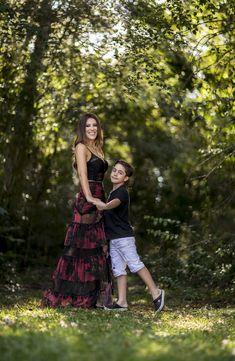 Mom Daughter Photography, Mother Son Photos, Fotos Ideas, Family Photos, Couple Photos, Mom Son, Baby Outfits, Photo Poses, Box Braids