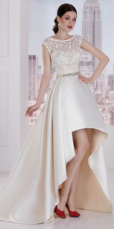 Lindo laço e decote em cetim Bateau Hi-lo a linha de vestido de noiva com cinto🌌🌙❤