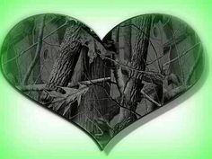 Camo heart Country Life, Country Living, Country Roads, Camo Wallpaper, Everything Country, Redneck Girl, Camo Fashion, With All My Heart, Take Me Home
