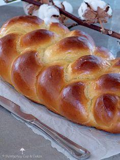 Challah bread (Jalá o pan trenzado)