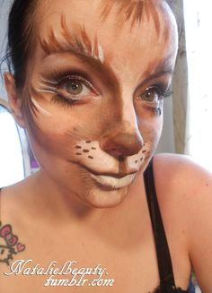 cat makeup - Education and lifestyle Face Paint Makeup, Cat Makeup, Halloween Cosplay, Halloween Make Up, Halloween Costumes, Maquillaje Halloween, Makeup Inspo, Makeup Ideas, Fantasy Makeup