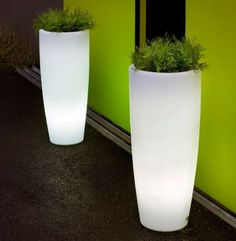 Outdoor lighting doesn't get cooler than this! Illuminated planters to create a 'WOW' in any garden or outdoor space.