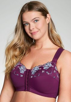 A plus size bra that beautifully lifts and shapes offering firm support. Our beautiful wireless embroidered posture bra is the perfect bra to support and shape your back. #PlusSizebra Lingerie Plus Size, Plus Size Bra, Bra Lingerie, Posture Bra, Looks Pinterest, Pretty Bras, Looks Plus Size, Bra Types, Mode Outfits
