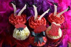 burlesque party cupcakes