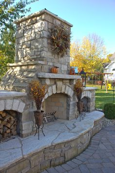 Cool Marvelous Backyard Fireplace Ideas To Beautify Your Outdoor Decor Outdoor Fireplace Patio, Outdoor Stone Fireplaces, Outside Fireplace, Outdoor Fireplace Designs, Fireplace Ideas, Modern Fireplaces, Outdoor Rooms, Outdoor Living, Outdoor Decor