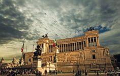 Rome is de hoofdstad van Italië en wordt elk jaar bezocht door vele toeristen. Doordat Rome beschikt over veel bezienswaardigheden, musea, lekker eten en drinken, winkelstraten, en een mediterraans klimaat is het de perfecte stad voor een stedentrip.