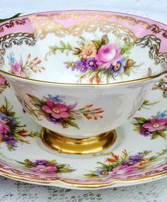 Ooit thee gedronken uit zo'n mooi kopje?