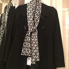 New MK authentic scarf Thick b+w side and w+b very cute Michael Kors Accessories Scarves & Wraps