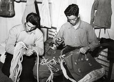 Le prime foto dell'Archivio Bonatti Vintage, Art, Museum, Photos, Fotografia, Mountain Climbers, Mountains, Craft Art, Kunst