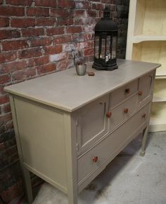 Buffet in Coco Chalk Paint® slightly distressed