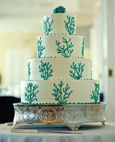 Another cake that would be perfect for Under the Sea or Mermaid Party