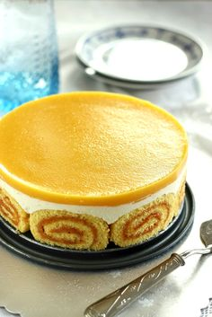 Peach jelly with cottage cheese Charlotte cake Hungarian Desserts, Hungarian Recipes, Delicious Desserts, No Bake Desserts, Dessert Recipes, Charlotte Cake, Kolaci I Torte, Chocolate Cake Recipe Easy, Snacks Für Party