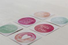 Corporate Design - Individuelles Logodesign von farbgold für die Hochzeitsfotografen Meli & Matze von me&him photography