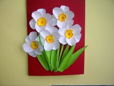 Ideas: Nice gifts for Mother's Day. flower cards (daffodils, na . Paper Flowers Diy, Flower Cards, Diy Flower, Spring Crafts For Kids, Make Up Art, Spring Art, Mothers Day Crafts, Art Plastique, Kids Cards
