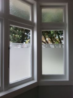 9 Eye-Opening Ideas: Blackout Blinds For Windows blackout blinds for windows.Modern Blinds For Windows living room blinds projects. Bathroom Window Privacy, Bathroom Window Treatments, Window In Shower, Privacy Glass, Bathroom Windows, Privacy Window Film, Privacy Blinds, Bathroom Blinds, Master Bathroom