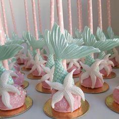 Ideas For Birthday Kids Girls Little Mermaids Mermaid Theme Birthday, Little Mermaid Birthday, Little Mermaid Parties, Baby Birthday, The Little Mermaid, Birthday Parties, Mermaid Cake Pops, Magnum Paleta, Grolet