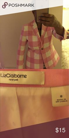Liz Claiborne Blazer Pink and white checks! Unusual and classy with a tailored fit! I'm a size 6 and it fits me with just a little room. A true 8 would be a. It snug I think but if you're between a 6 and 8 it should fit fine. It's new without tags. Nice with jeans! Liz Claiborne Jackets & Coats Blazers