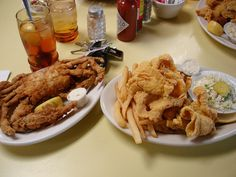 Crab and Catfish at Middendorf's in Manchac, La
